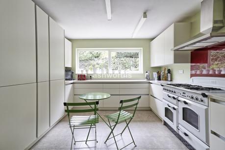 4 bed detached, Queens Road, Brentwood - £575,000