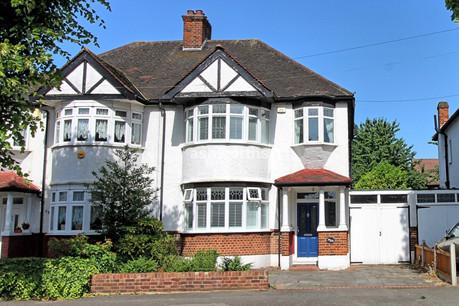3 bed semi-detached, Balgores Lane, Gidea Park - Offers Over £525,000