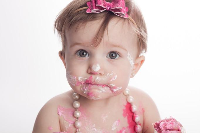 Cake Smash with Pink Cake-2.jpg