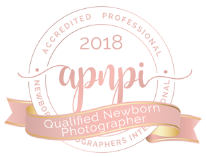 Qualified Newborn Photographer