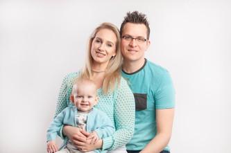 Family portrait turqoise.jpg