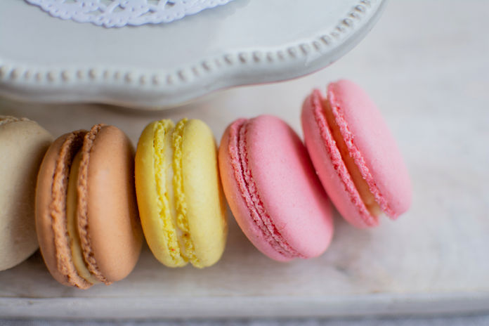 Le French Dad Macarons