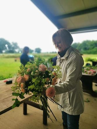 Handtied Bouquet workshop.jpg