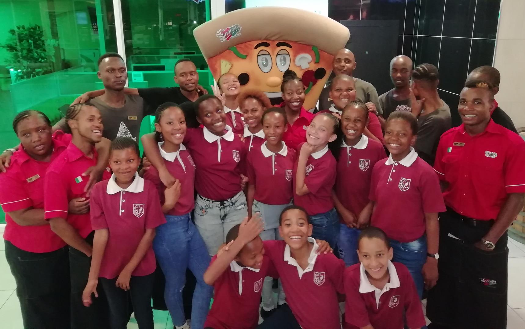 Grade 6 Fund raiser at Panarotti's