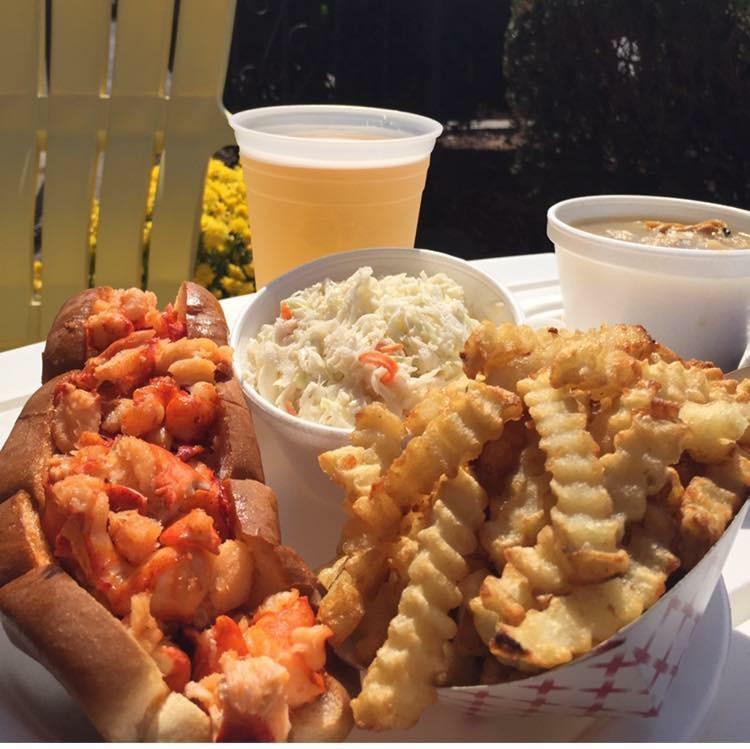 Dino's Seafood Summertime Fun
