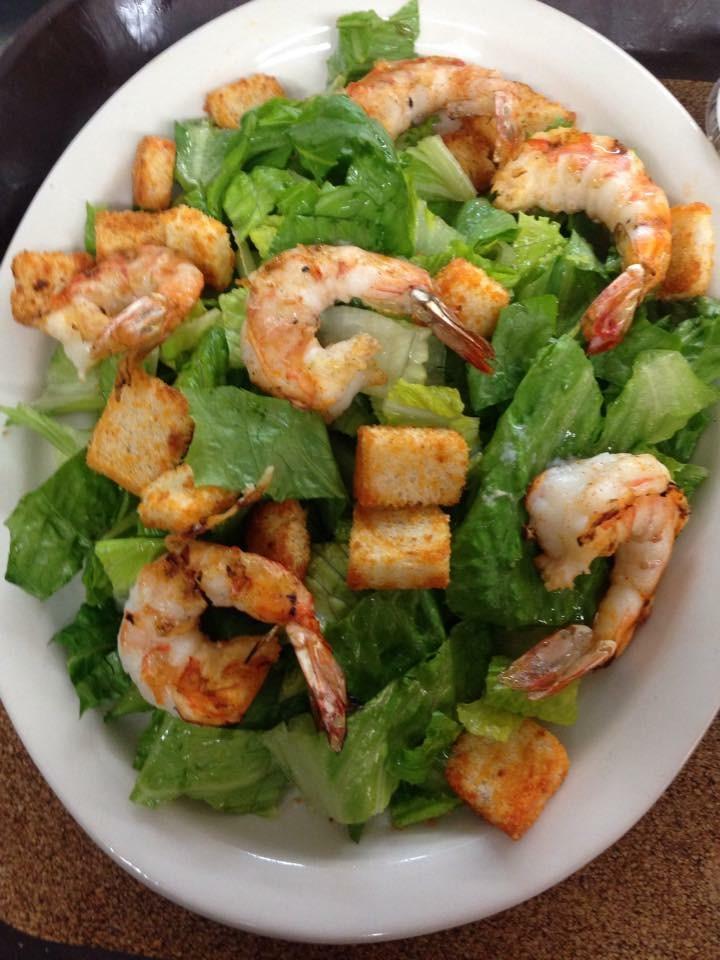 Dino's Seafood: Caesar salad