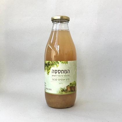 המתססה-מיץ אגסים טבעי 100% פרי 1 ליטר
