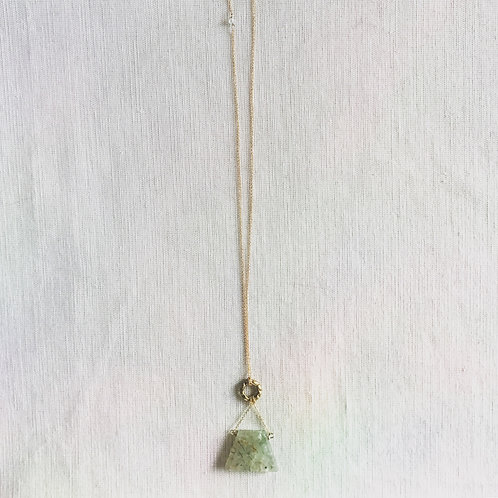 14k gold fill, green rutilated quartz + vintage carved brass ring lariat