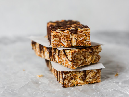 Healthy No-Bake Coconut & Date Granola Bars