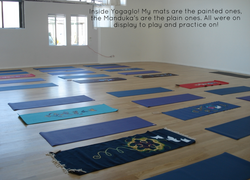 Aline Marie yogamats at Yogaglo