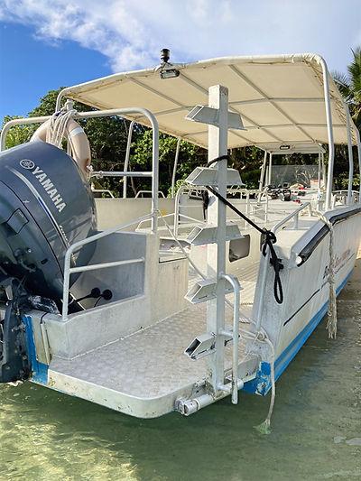 Bateau d'excursion de plongée