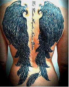 tatouage ailes d'ange dans le dos
