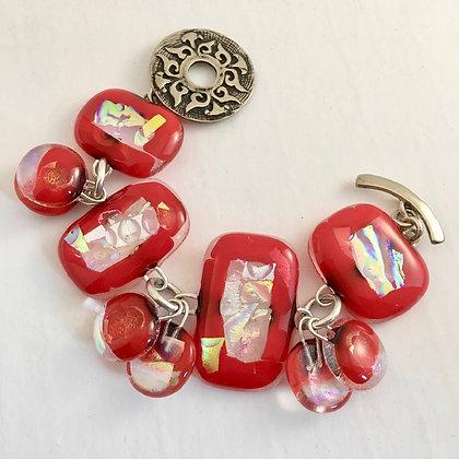 red irid charm bracelet (small)