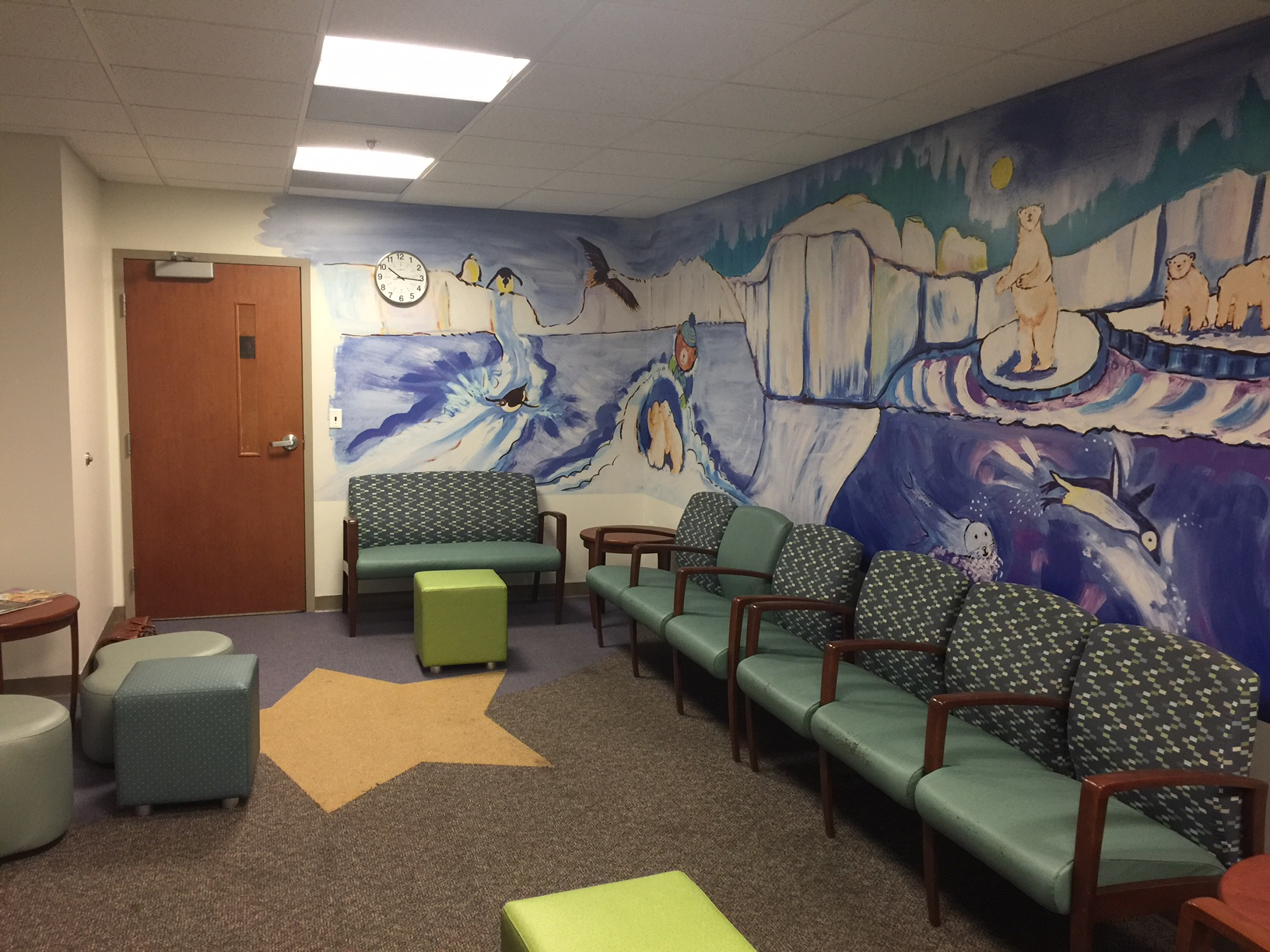 PEDIATRIC FLUOROSCOPY WAITING ROOM
