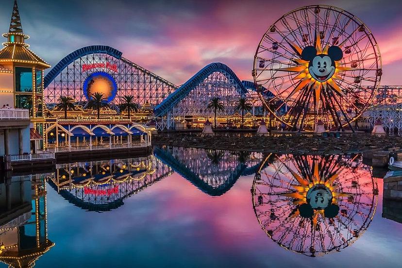 Disneyland-Park-in-Anaheim-California.jp