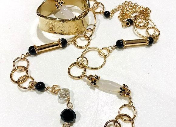 Amaryllis necklace