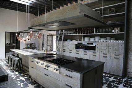 Xavie'Z: Unique interior spaces creator.