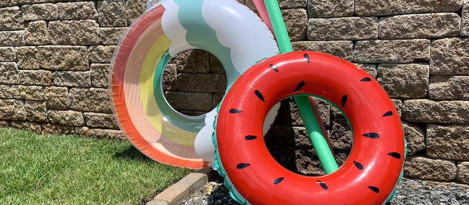 How to have an amazing and easy pool party for the kids