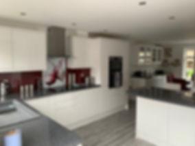 kitchen IMG.jpg