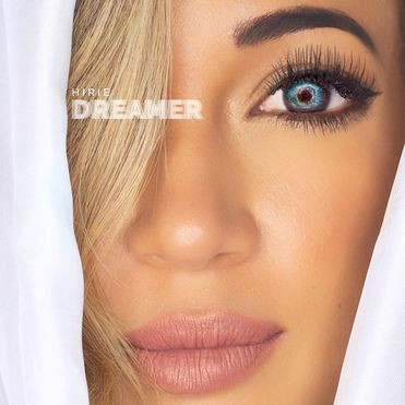 "Hirie's ""Dreamer"" Album debuts and delivers excellence."