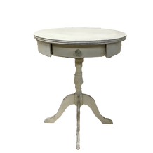 PEDDY SIDE TABLE