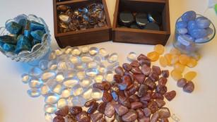 Om kristaller och stenar
