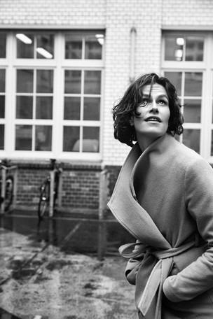 "Saralisa Volm mit Oskar Roehlers ""Enfant Terrible"" in der offiziellen Cannes Auswahl"