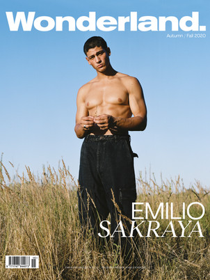 Emilio Sakraya ziert das Cover von Wonderland