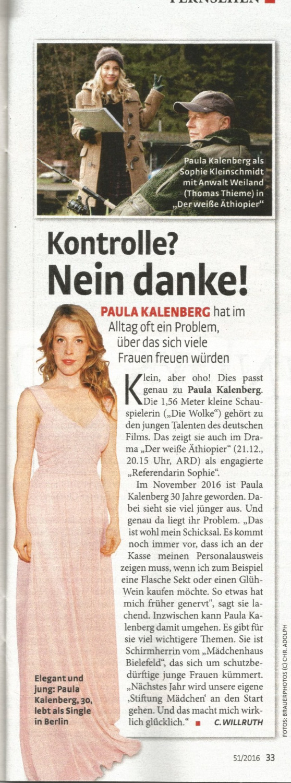 Paula Kalenberg @ Frau im Spiegel
