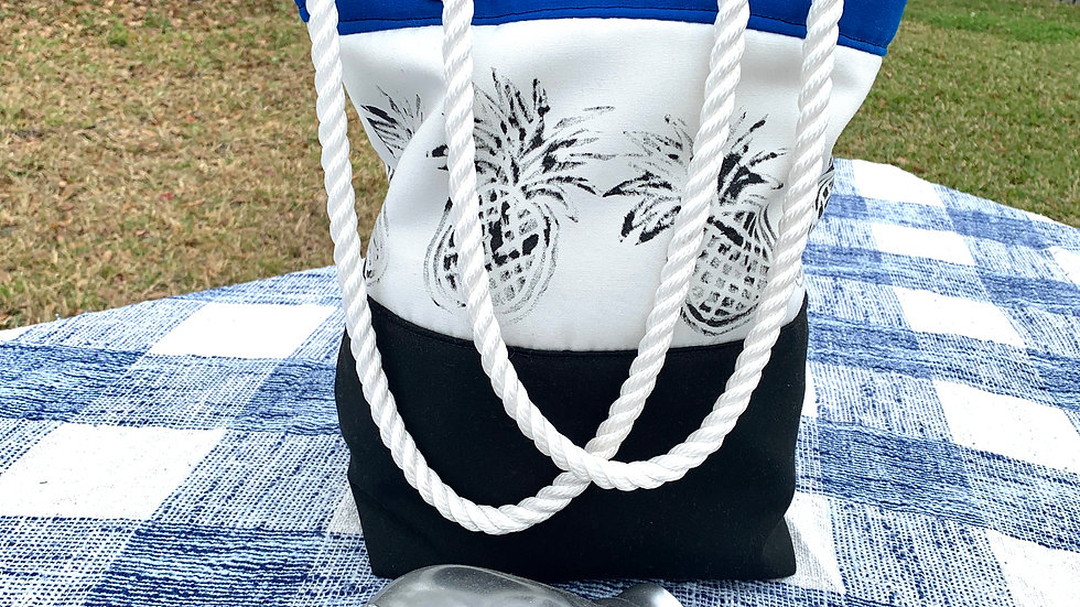 Water resistant pineapple Medium tote