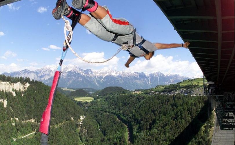 Bungee | Doug's Mountain Getaway