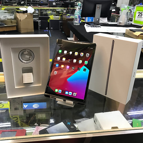 Apple iPad 8th Generation with Cellular 4G LTE SIM - box & accessories