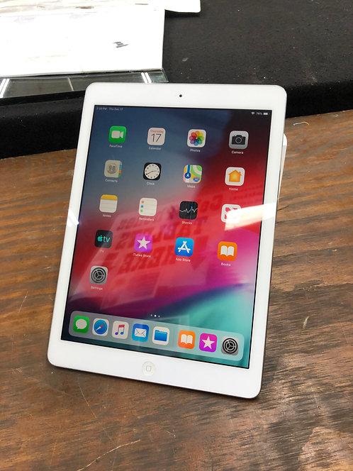 "Apple iPad Air | 9.7"" Screen | 16GB Storage |"