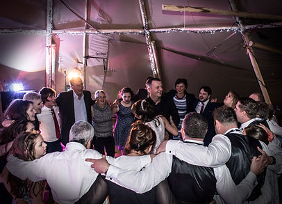 wedding party woodhill hall