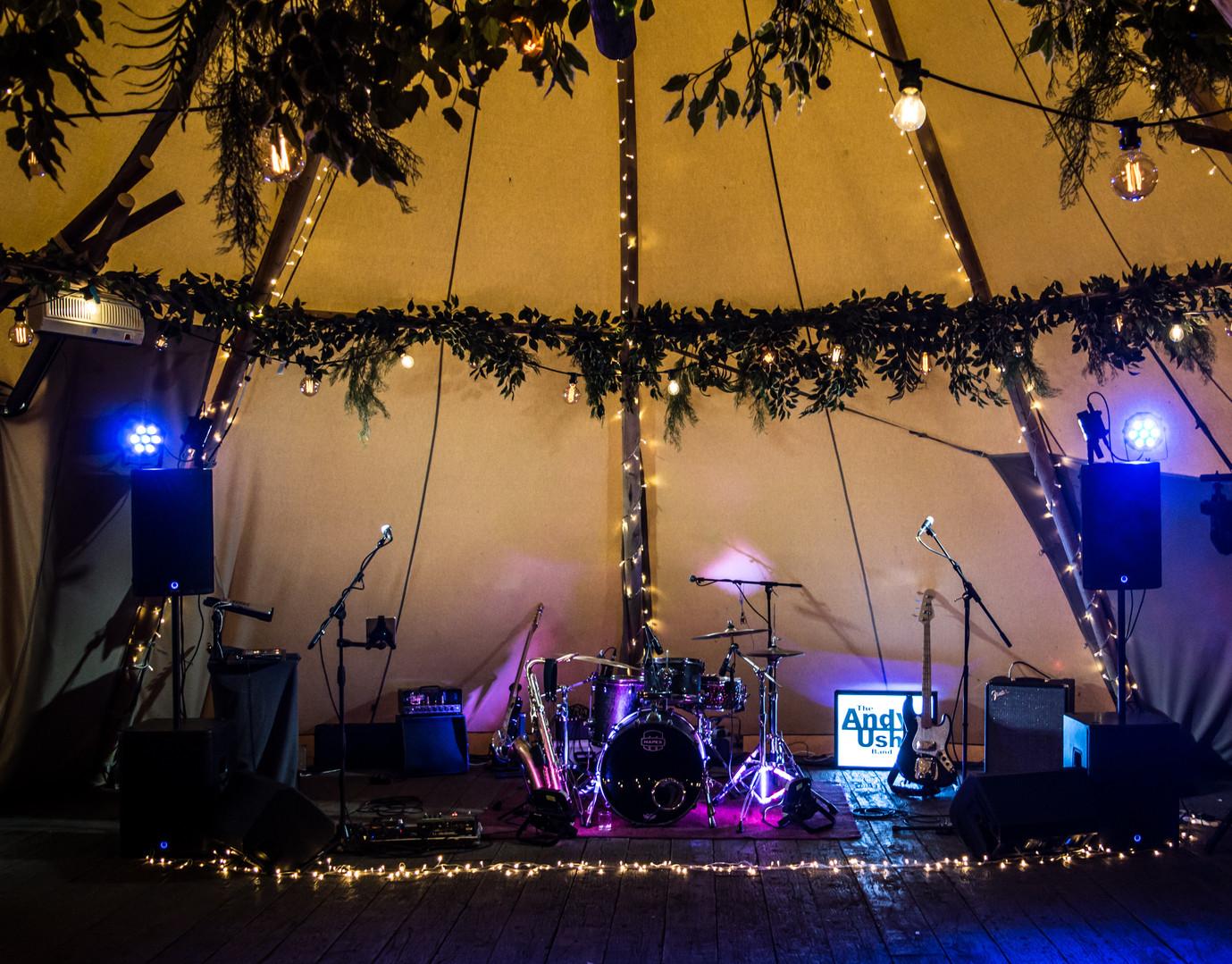 Band Woodhill Blue.jpg