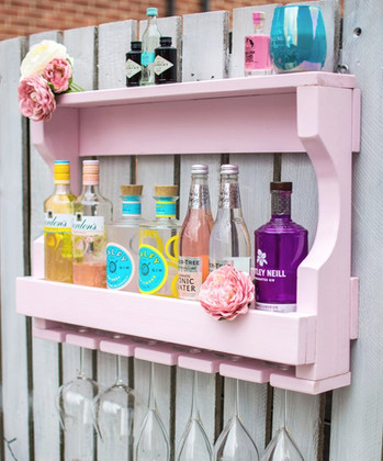 Pretty Pink Gin Bar and Glass Holder