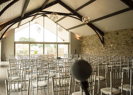 Wedding Singer Yorkshire Barn