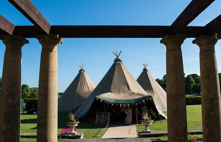 Kirkley Hall Tipi Wedding