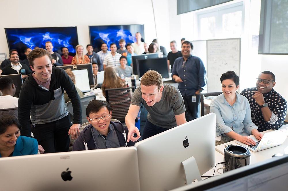 Mark Zuckerberg e equipe