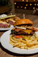 Hot Link Burger - Fatboys-3.jpg
