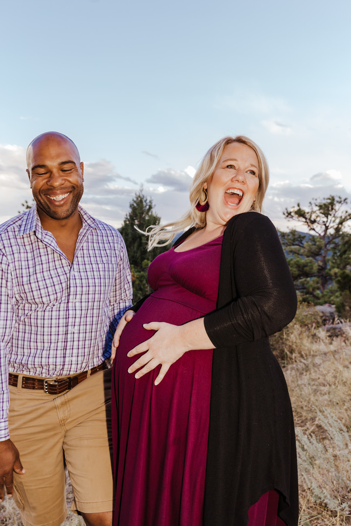 Mt Falcon Colorado Maternity Session - L