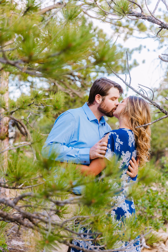 Colorado Engagement Session - LAB Photog