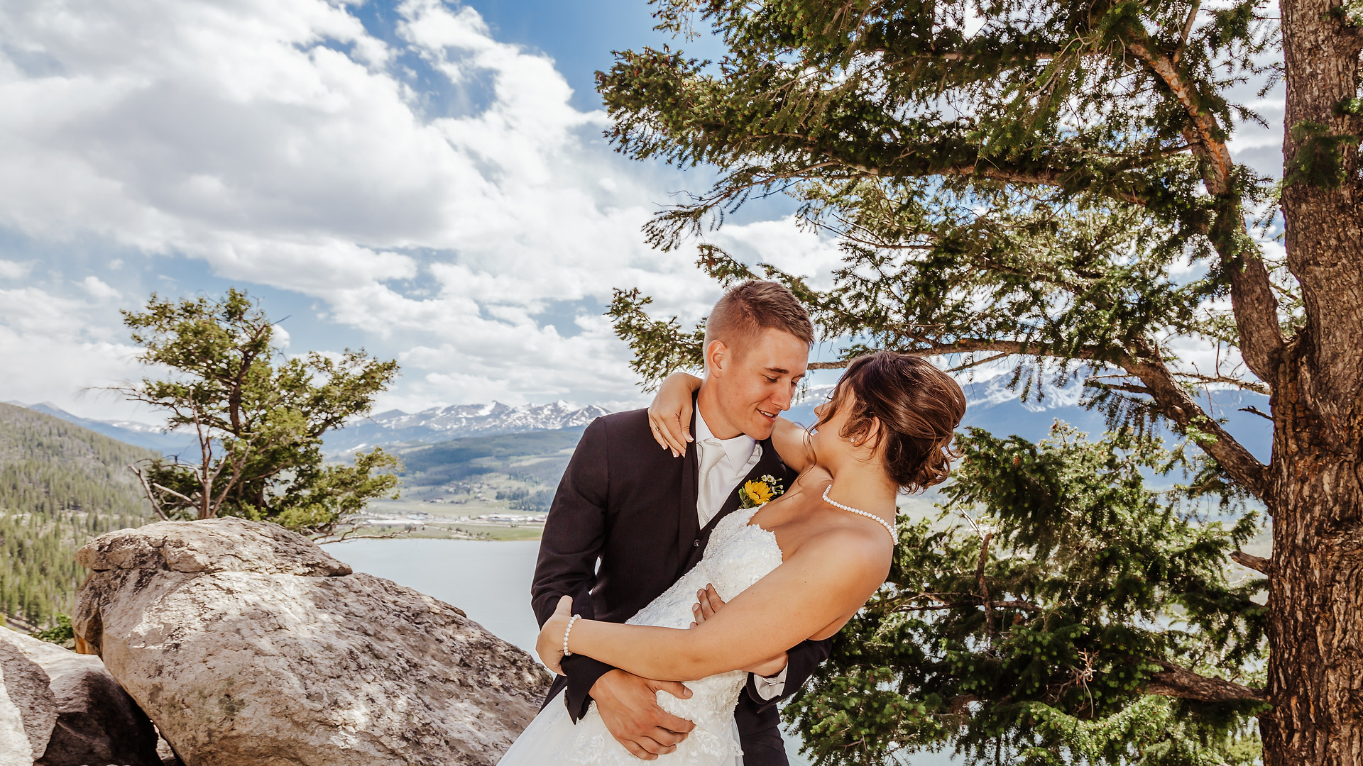 Colorado Mountain Wedding - LAB Photogra
