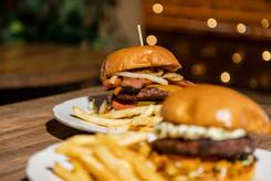 Hot Link Burger - Fatboys-7.jpg