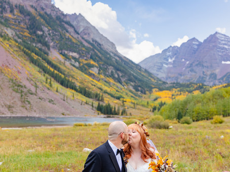 Fall Elopement at Maroon Bells | Colorado Elopement Photographers | Aspen Photography + Films