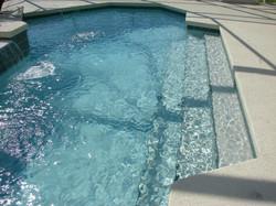 pool-steps-318330_1920