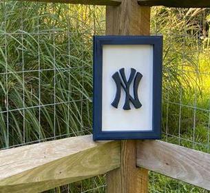 Small Navy & White NY Yankees Logo