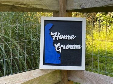 "White & Black Small Sign ""Home Grown"""