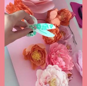 Craft a flower at Sofitel