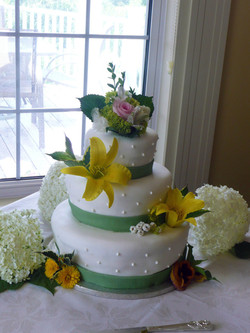White Fondant and Pearls